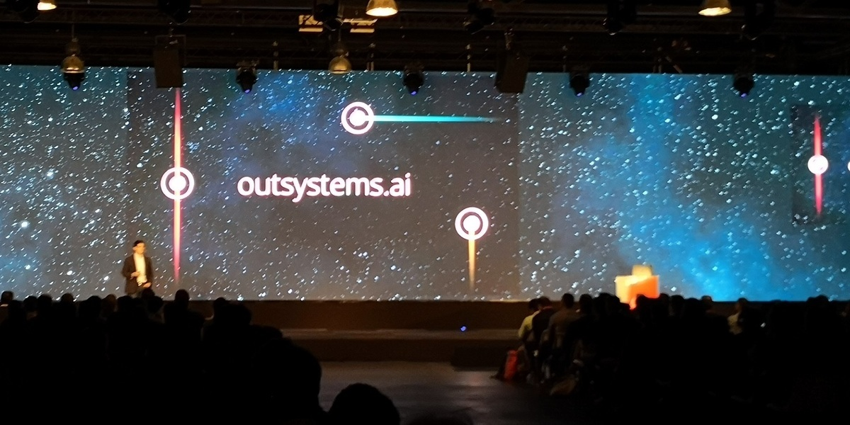 Outsystems.ai quer inteligência artificial a resolver um reduto pouco explorado: facilitar a vida do programador