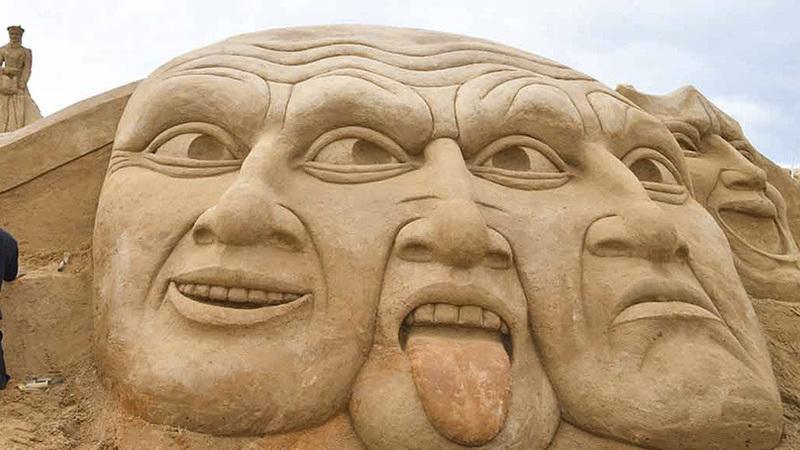 Parque de esculturas em areia em Lagoa reabre segunda-feira