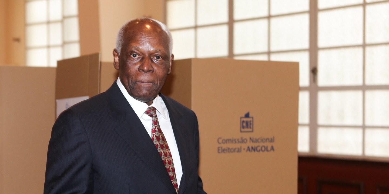 """Angola: João Lourenço """"rasgou"""" acordo de compromisso com Eduardo dos Santos"""