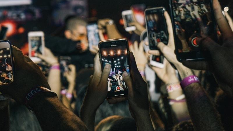 Sabia que existem 1.4 telemóveis por cada habitante do planeta?