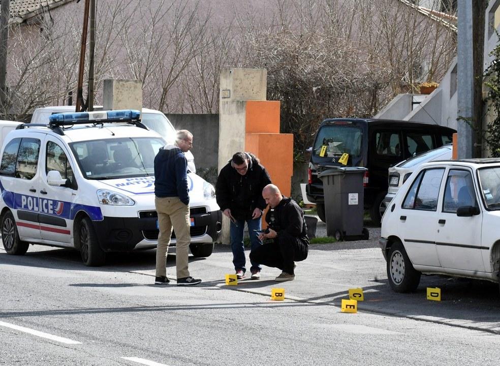 Três mortos e uma dezena de feridos em sequestro no sul de França. Atirador abatido pela polícia