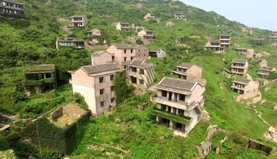 Esta cidade-fantasma foi engolida pela natureza e tornou-se uma atração turística incrível