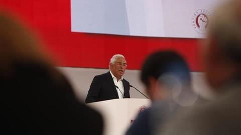 """António Costa: """"Provámos que era possível sair da austeridade sem sair do euro"""""""