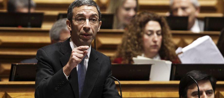 """PSD diz que execução orçamental é ilusória e que """"resfria o otimismo"""""""