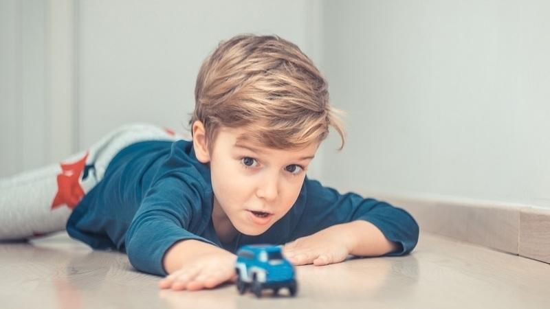 Teletrabalha? 10 brincadeiras que as crianças podem fazer sem a ajuda dos pais