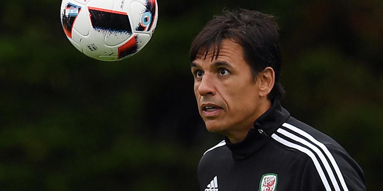 Chris Coleman deixa comando técnico da seleção galesa de futebol