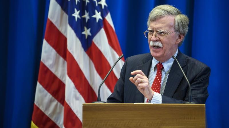 Bolton garante que não haverá futura reunião entre Trump e Putin