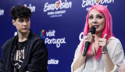 """""""Acham que iam meter a menina de cabelo cor de rosa em último?"""" O vídeo de Cláudia Pascoal que se tornou viral"""