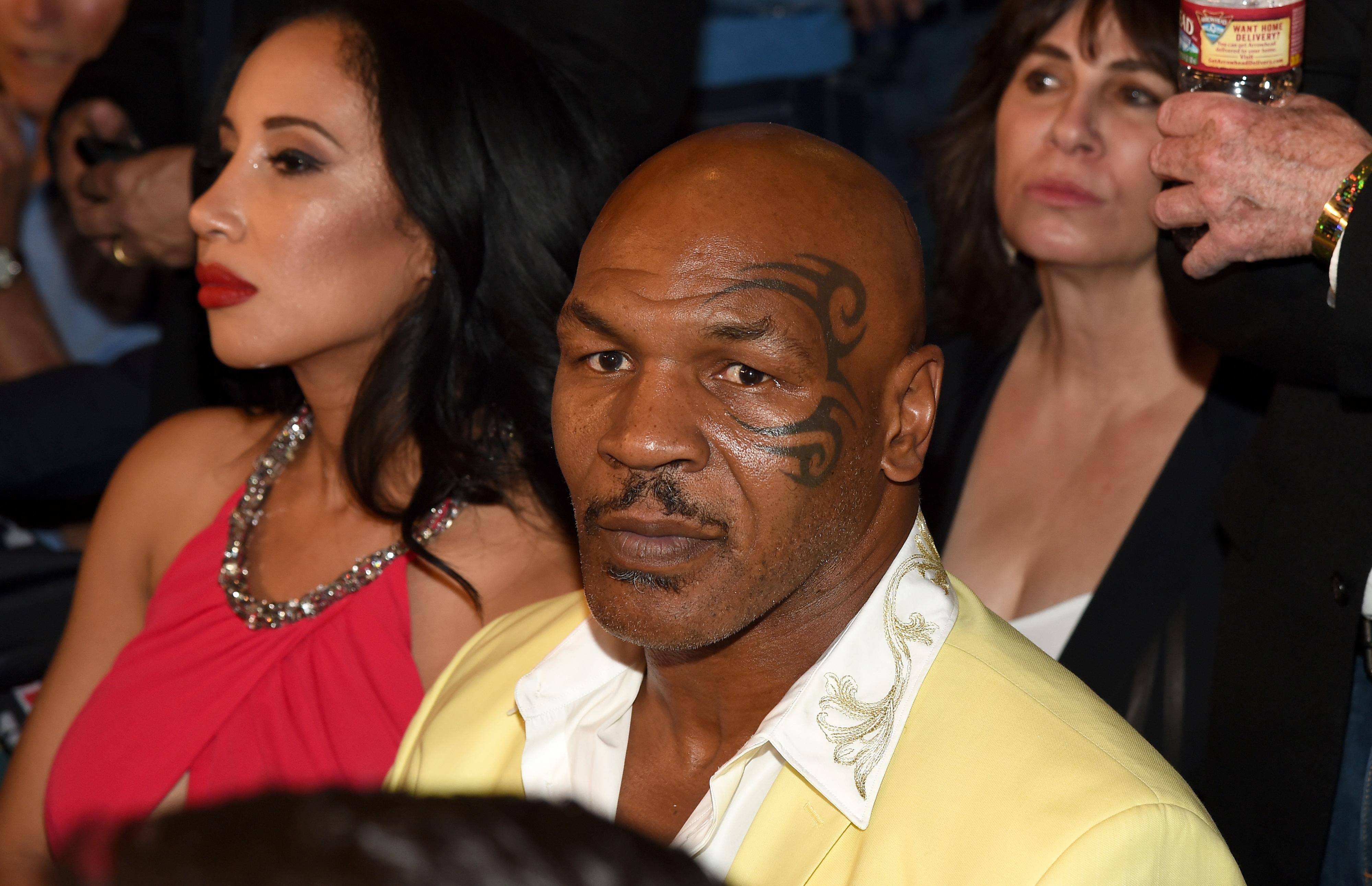 Mike Tyson afasta hipótese de regressar aos combates frente a Evander Holyfield