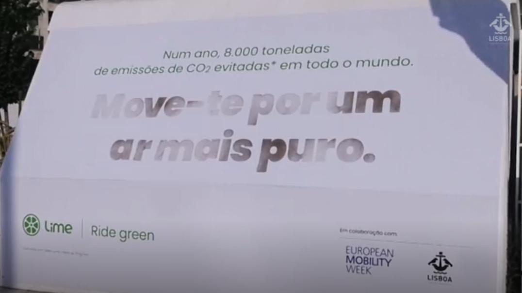 Painel em Entrecampos alerta para os efeitos da poluição
