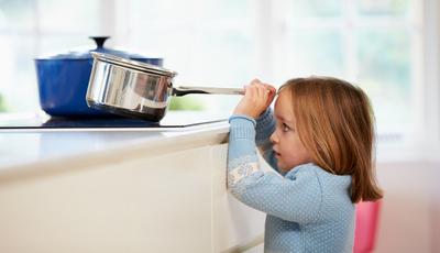 21 regras que vão proteger o seu filho em casa