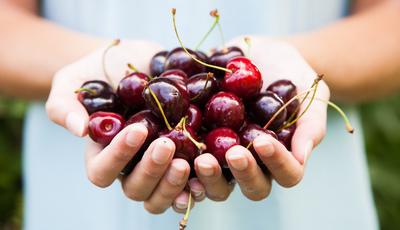 8 benefícios das cerejas