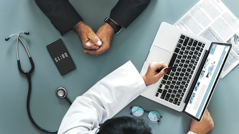 Cinco pontos para perceber as propostas para a nova Lei de Bases da Saúde