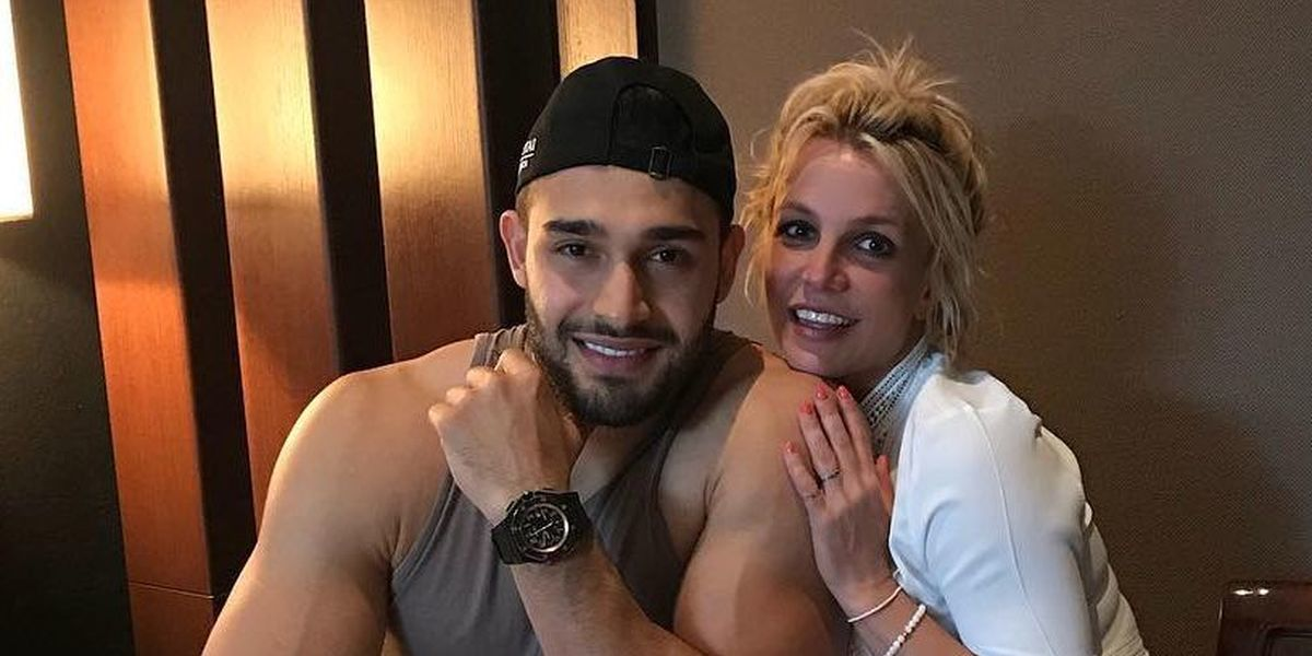 Namorado de Britney Spears revela ter perdido mais de 45 Kg em cinco anos