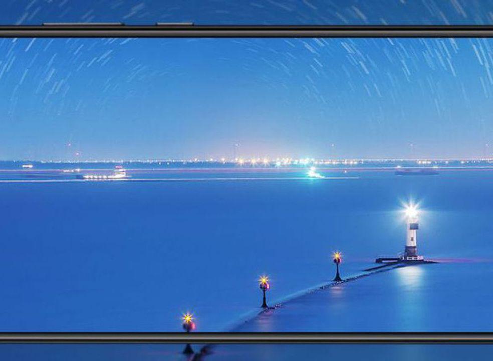 Huawei já tem Mate 10 de 4 câmaras à venda em Portugal