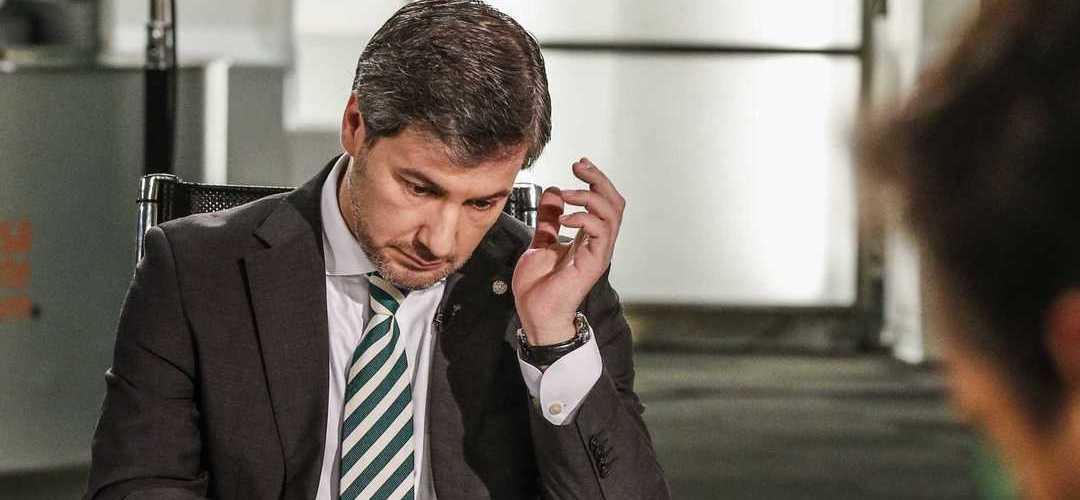 """Bruno de Carvalho critica saída de Nani: """"Ele queria acabar a carreira no Sporting, as pessoas que tirem as suas ilações"""""""