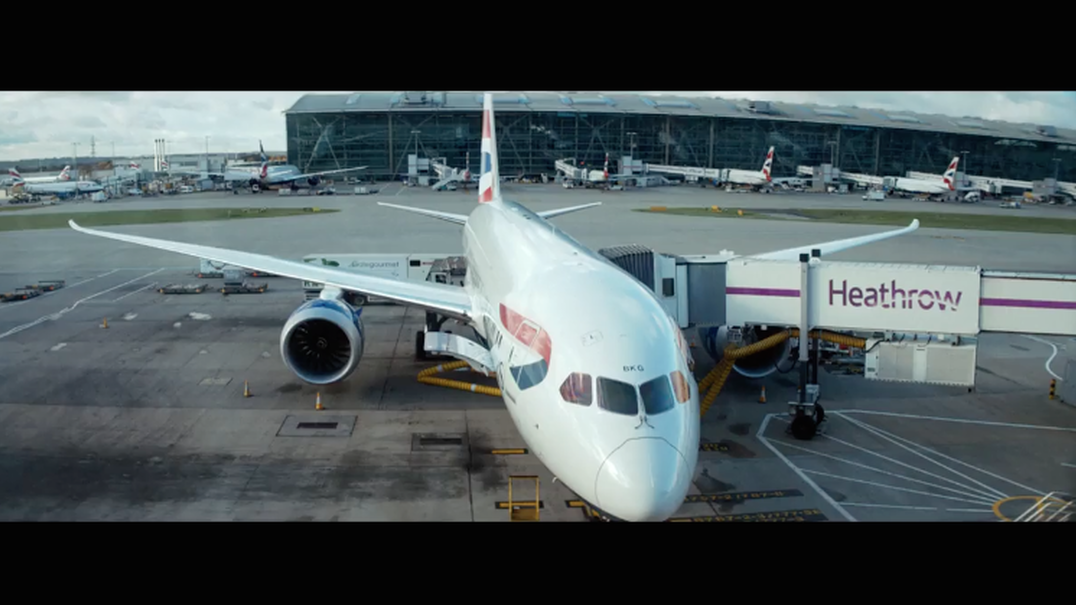 Veja o anúncio de Natal Aeroporto Heathrow