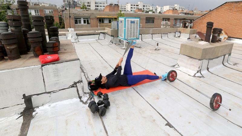 DGS recomenda exercício físico com distância mínima de três metros