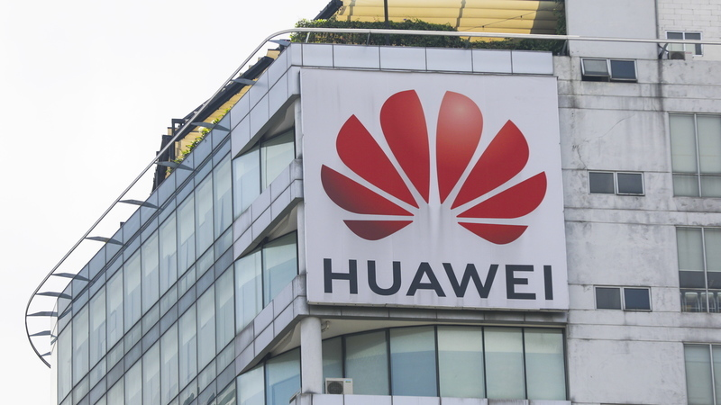 """5G: Huawei pede à UE que não adote medidas restritivas com base """"em boatos"""""""