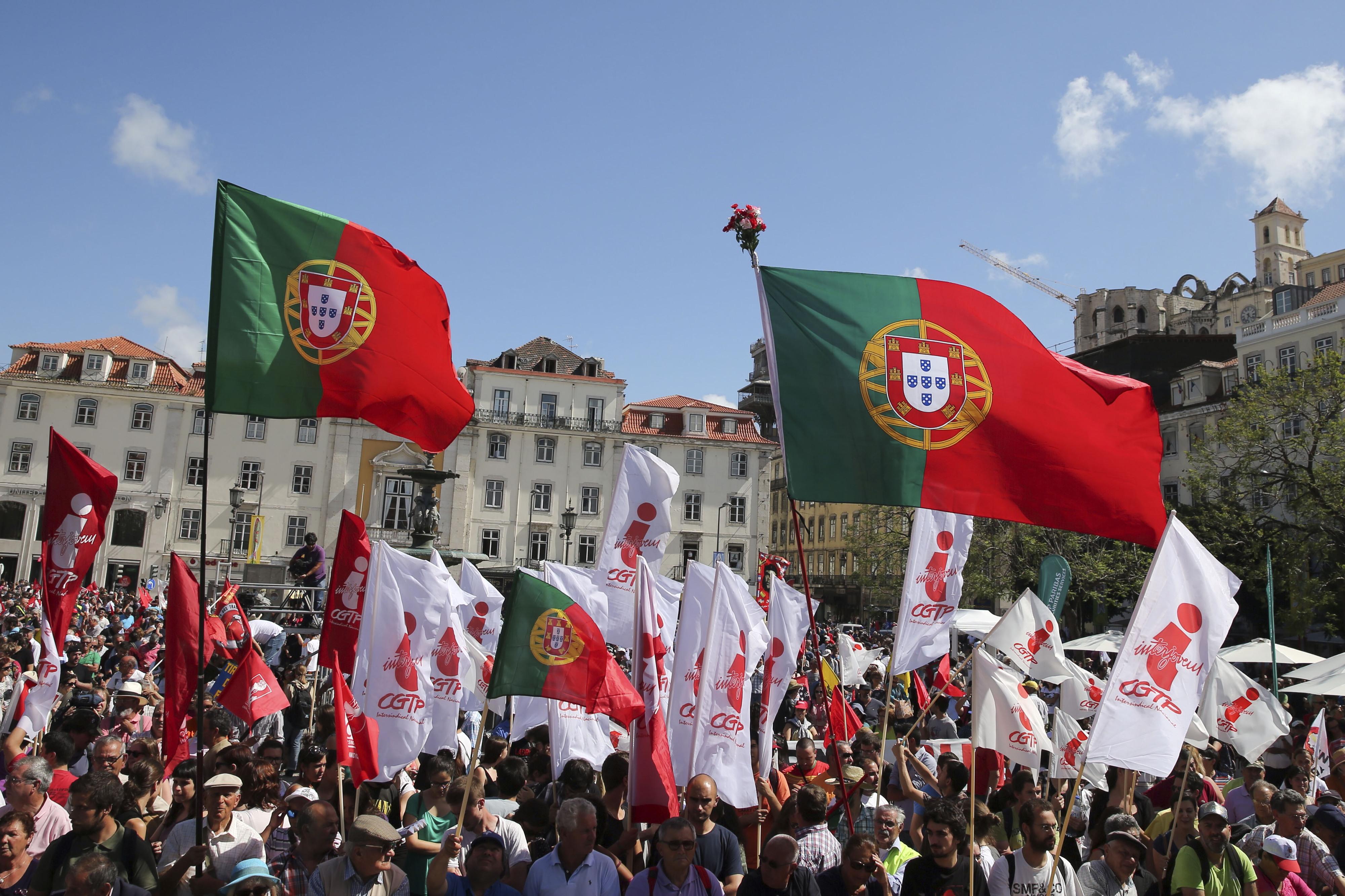 Milhares na manifestação da CGTP pela valorização do trabalho e das pessoas