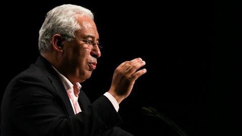 """PS/Congresso: Costa defende legalização da eutanásia como forma de """"alargar a liberdade"""""""