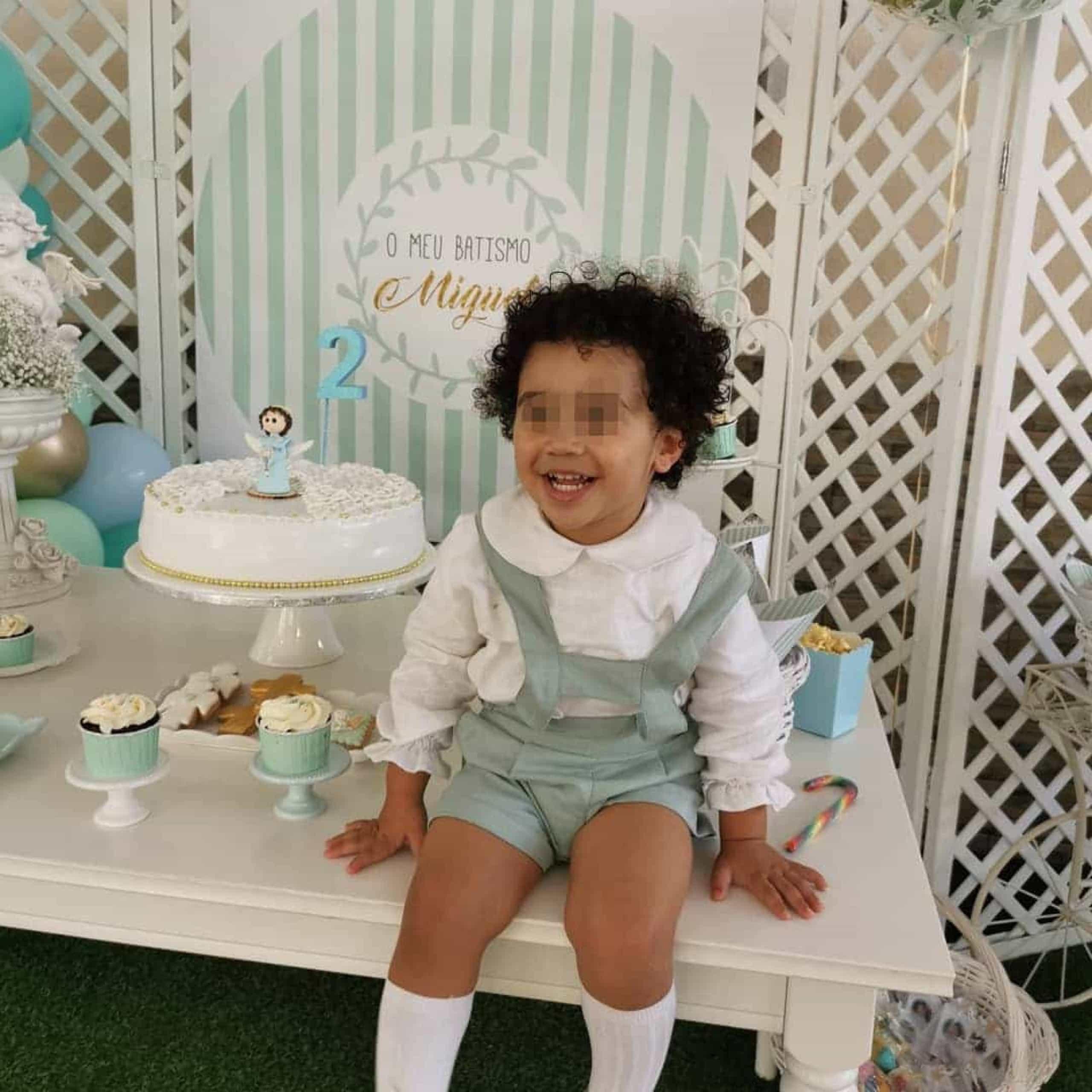 As imagens do batizado do filho mais novo de Naide Gomes