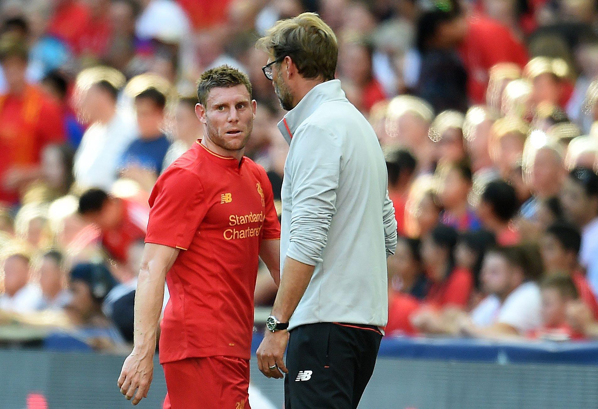 Inglaterra: James Milner renova contrato com o Liverpool