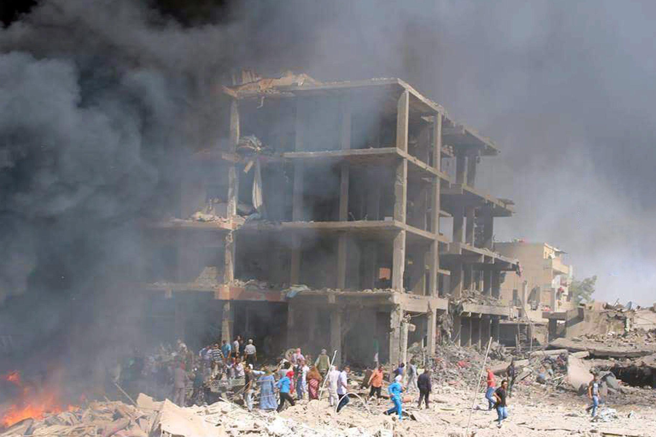 Quase 10.000 mortos em bombardeamentos da coligação internacional na Síria