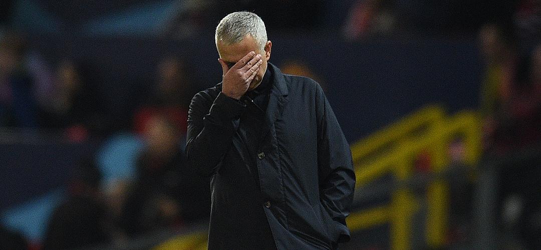 José Mourinho e a estranheza de ser um treinador comum