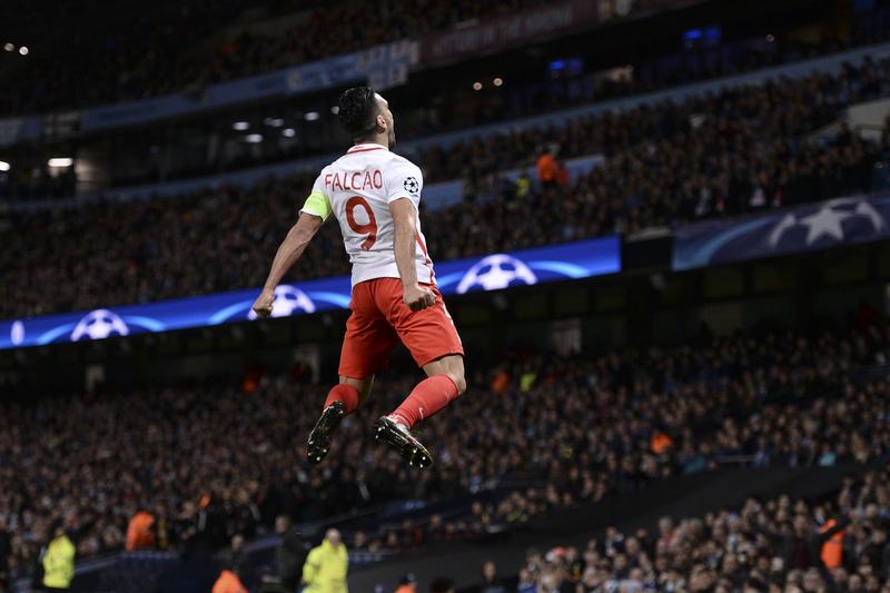 """Falcao: """"Ao fim de quatro meses percebi que não ficaria muito tempo em Madrid"""""""