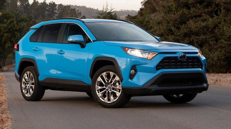 Toyota RAV4 alvo de chamada à oficina nos Estados Unidos