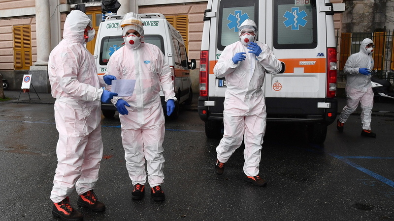 COVID-19: Itália regista mais 525 mortes em 24 horas. Total de óbitos perto dos 16 mil