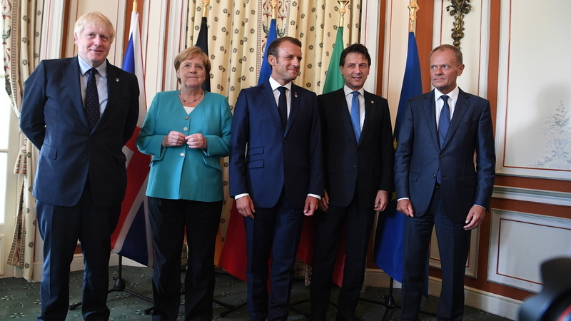 Líderes europeus alertam Trump de que guerras comerciais podem arruinar economia mundial