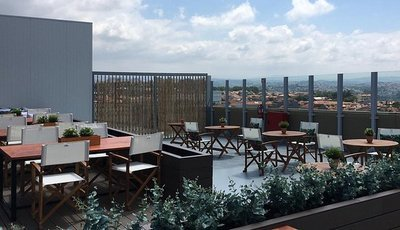Já inaugurou o maior rooftop bar da cidade do Porto