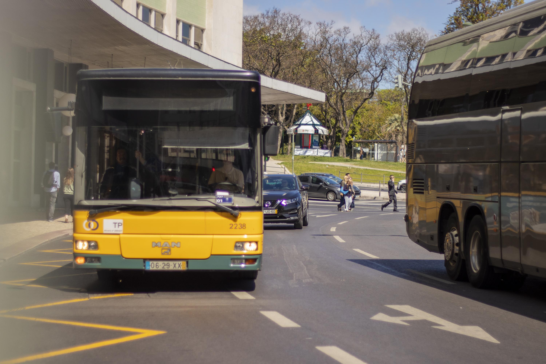 """Novos autocarros ajudarão Carris a prestar transporte com """"menos falhas"""""""
