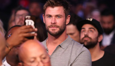 Chris Hemsworth dá as boas-vindas a Deadpool após fusão Disney-Fox