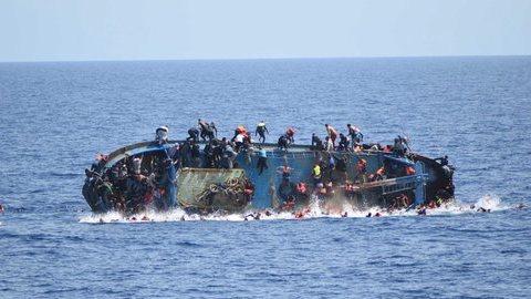 Setecentos migrantes mortos esta semana no Mediterrâneo, diz ACNUR