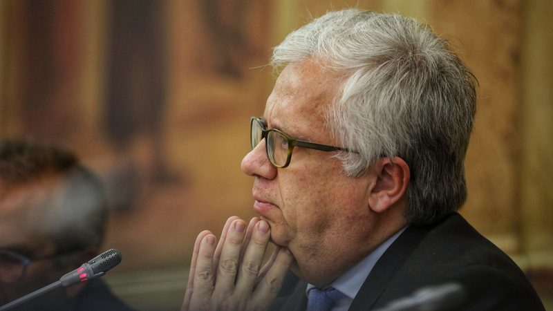 José Artur Neves não vai ser substituído. Eduardo Cabrita acumula pasta até final da legislatura