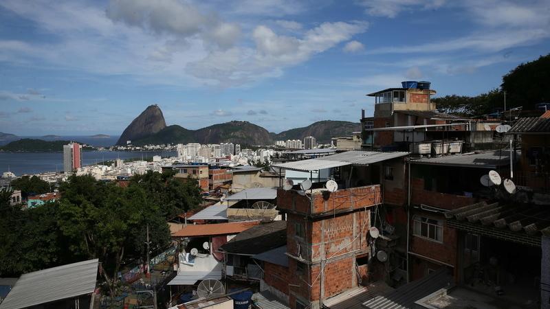 """""""Último da Fila"""", um relato da favela e da fome """"como a mais aterradora das experiências"""""""