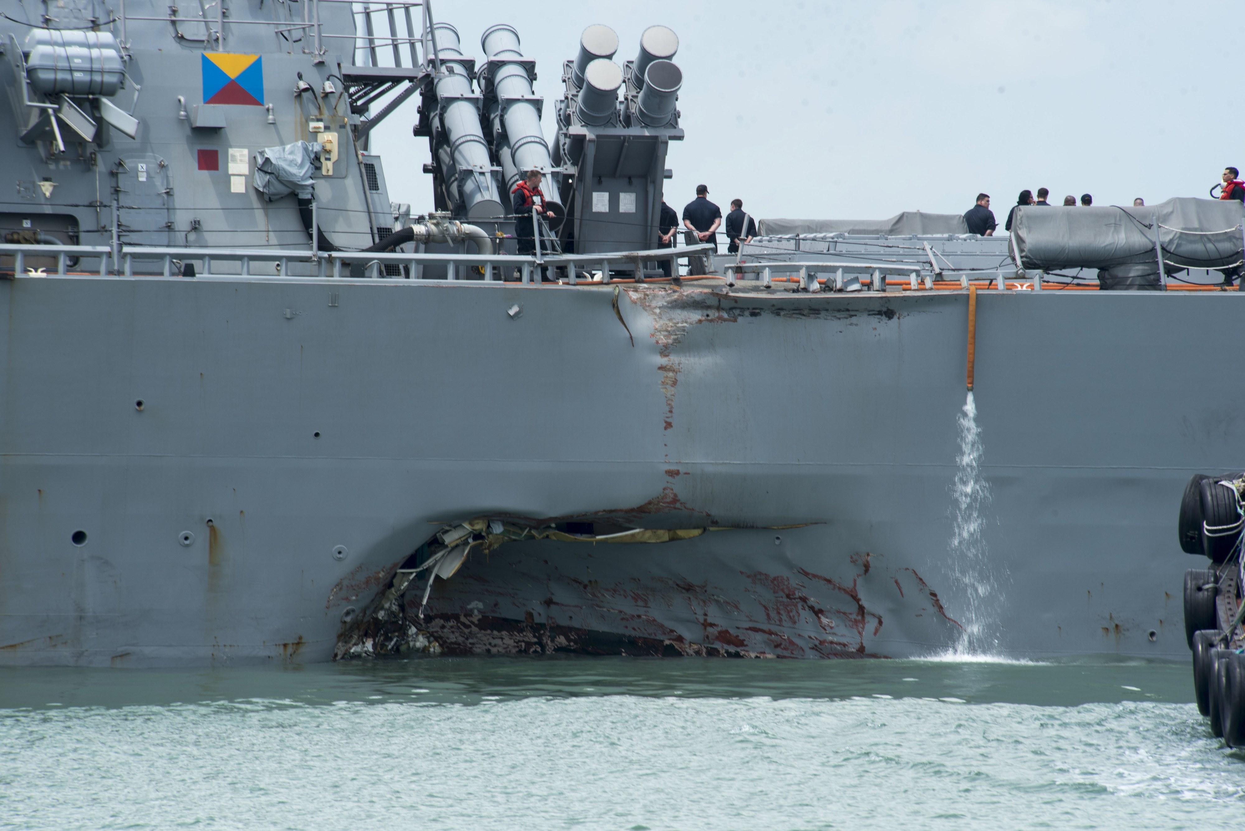 Marinha dos EUA ordena investigação à Frota do Pacífico após colisões