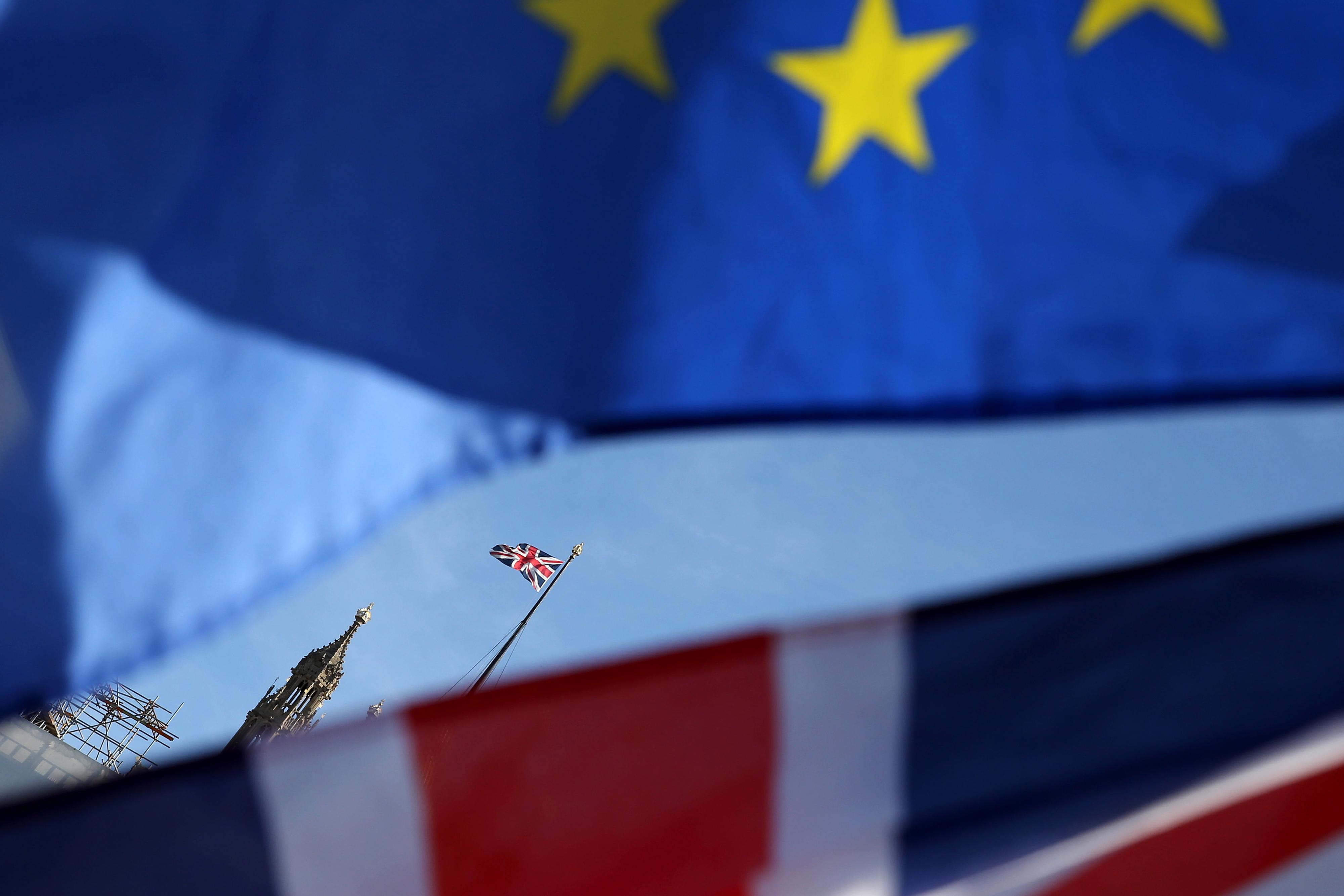 Imigração europeia para o Reino Unido no nível mais baixo desde 2013