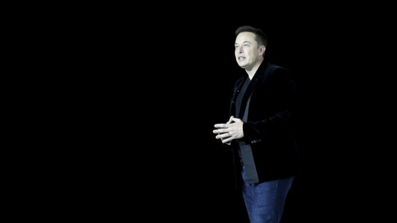 """Elon Musk: """"Todas as organizações que desenvolvem IA avançada devem ser reguladas"""""""