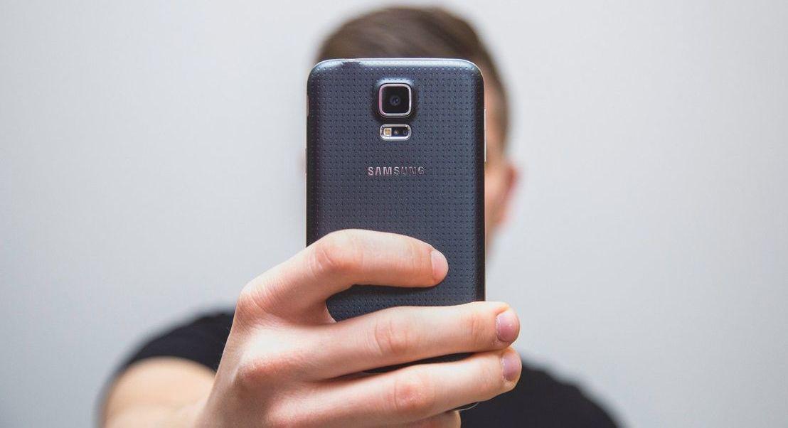 Vai confirmar a sua identidade com uma selfie? A Kaspersky recomenda atenção redobrada