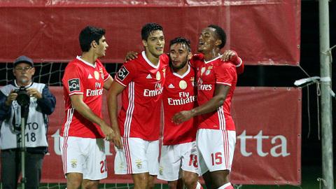 Carrillo e Jiménez dão a vitória ao Benfica na Madeira