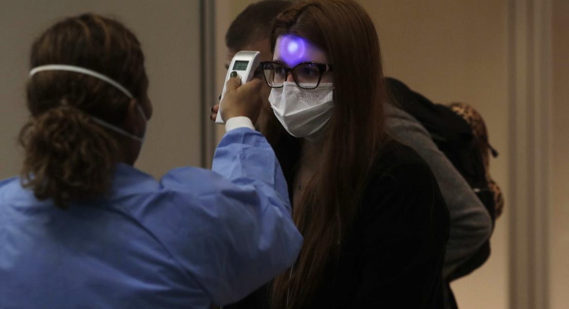 Pandemia já matou mais de 30 mil. Dois terços dos óbitos aconteceram na Europa