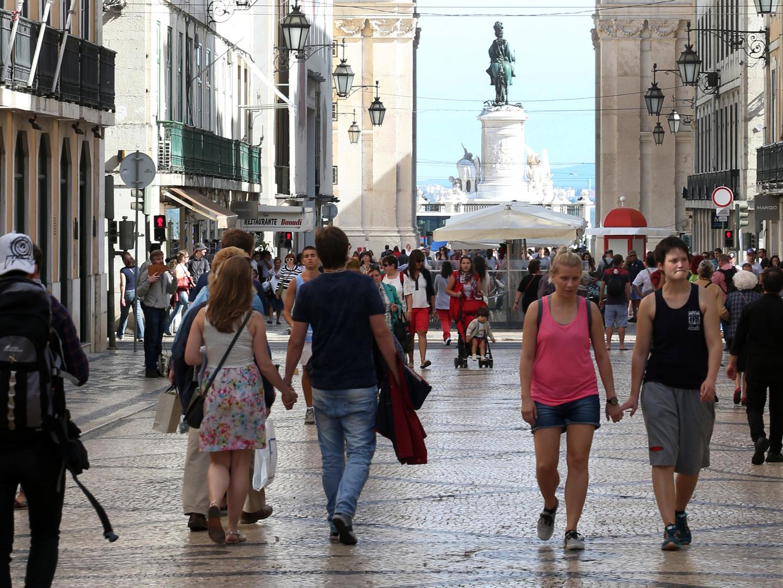 Financiamento das administrações públicas recua 2,7 mil milhões euros