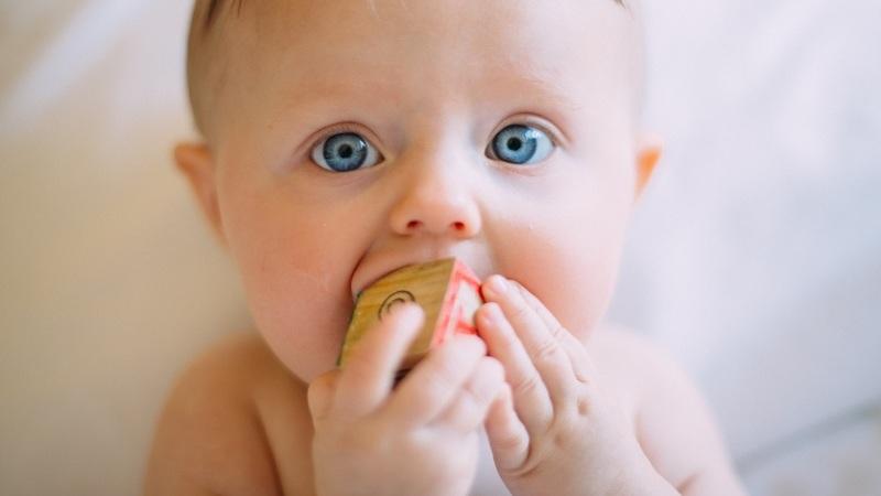 Saiba como desentupir o nariz do seu bebé