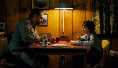 """Xerife Hopper tem uma má notícia: """"Stranger Things"""" não vai regressar antes de 2019"""