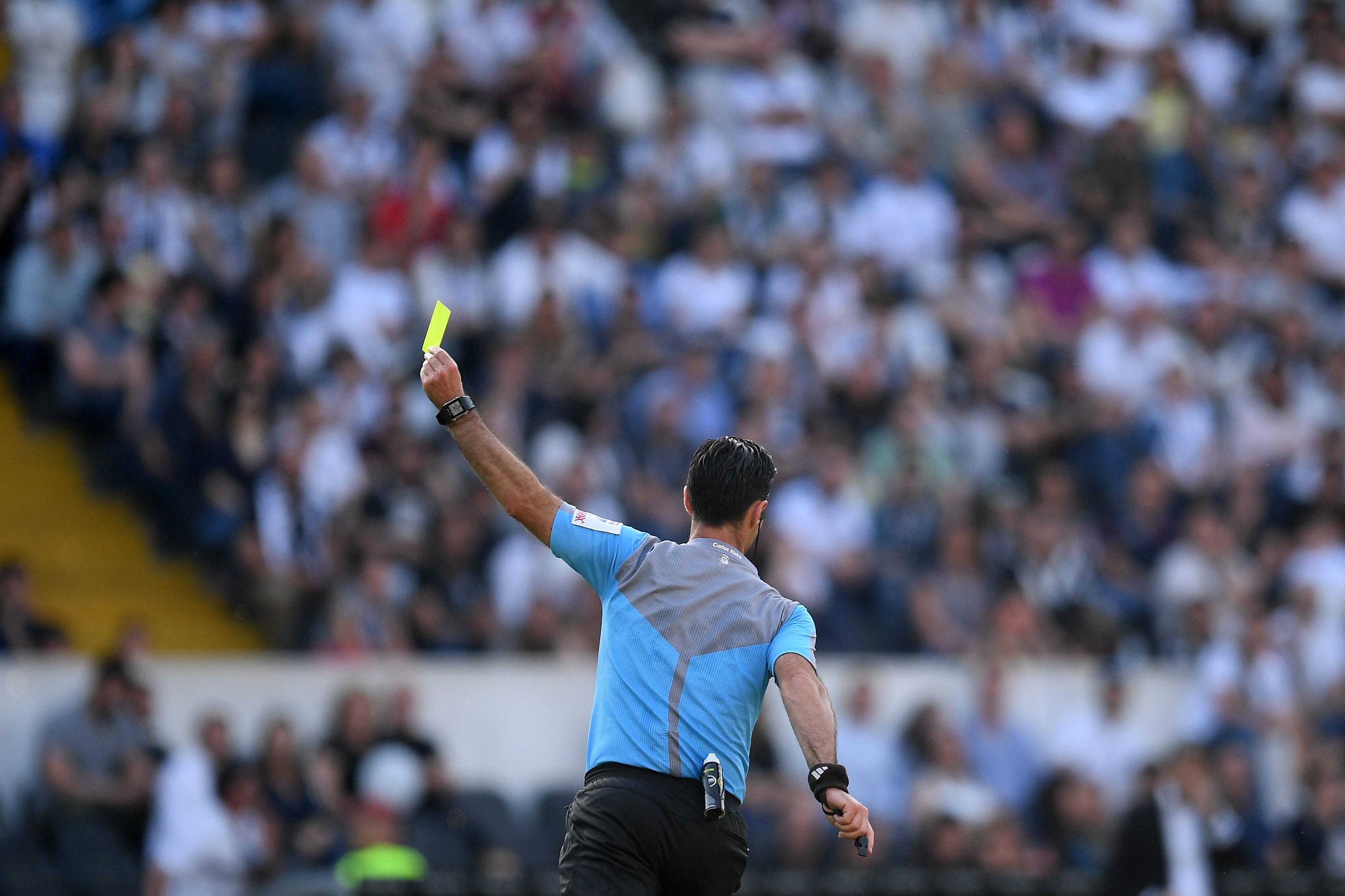 Portugal com 36 árbitros internacionais em 2020
