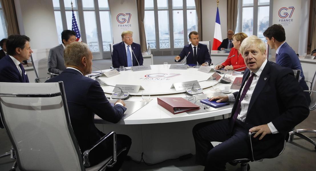 """Brexit. Trump diz que Johnson é """"o homem certo para o trabalho"""" e promete acordo comercial rápido"""